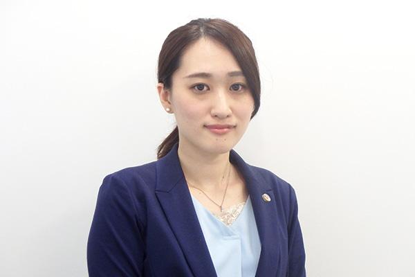 弁護士紹介 家事専門部に新たに加わった、中澤弁護士のご紹介です